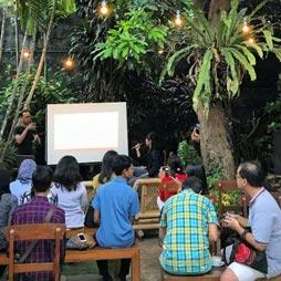 Kafe Bahasa | Indonesia & Budaya Tuli